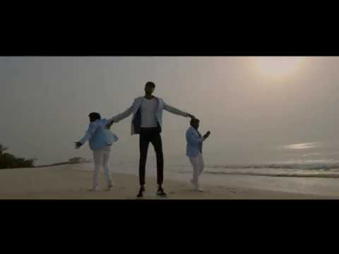 Photo of E.L – Ayeyi (Ft DopeNation) (Official Video)