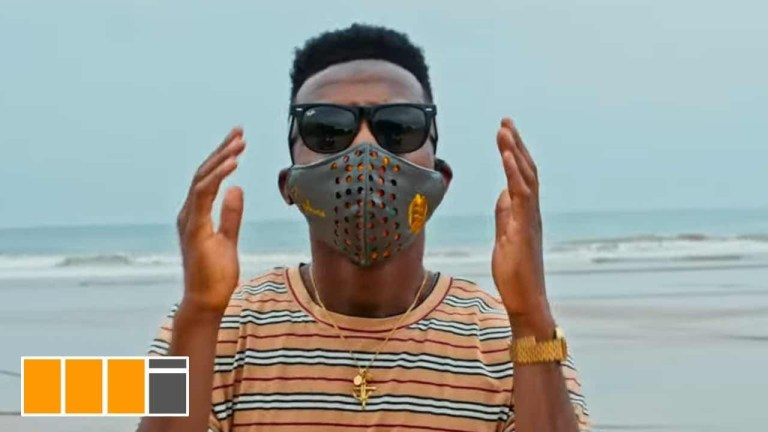 Official Video: Kofi Kinaata – Corona Virus
