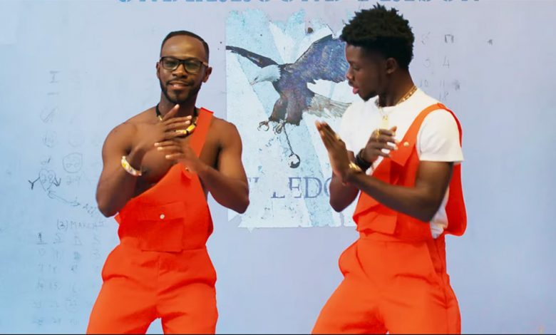 Photo of Okyeame Kwame – Yeeko ft Kuami Eugene (Official Video)